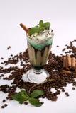 белизна кофе предпосылки изолированная frappe стоковые фотографии rf