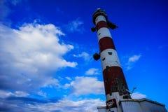 белизна маяка красная Стоковые Изображения RF