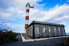 белизна маяка красная Стоковые Изображения