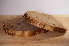 белизна доски предпосылки изолированная хлебом Стоковое Фото