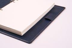 белизна примечания книги предпосылки пустая открытая Стоковое фото RF