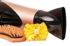 белизна путя более сухих волос предпосылки закрепляя изолированная Стоковое фото RF