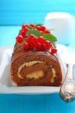 белизна плиты шоколада торта Стоковые Фото