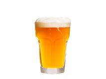 белизна стекла пива предпосылки изолированная aleppo стоковые фото