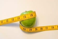 белизна студии макроса здоровья еды хлопьев мозоли предпосылки Стоковое Изображение