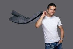 белизна студии съемки рубашки человека стоковое изображение