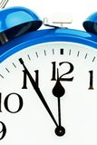 белизна студии съемки часов предпосылки сигнала тревоги Стоковое фото RF