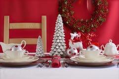 белизна таблицы установки рождества красная Стоковые Изображения RF