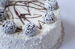 белизна торта предпосылки изолированная серым цветом Стоковая Фотография