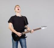 белизна утеса музыканта человека предпосылки Стоковое Изображение