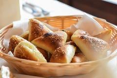 белизна хлеба предпосылки изолированная коричневым цветом Стоковые Изображения RF
