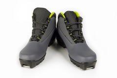 белизна лыжи изолята ботинок Стоковые Фото