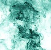 белизна дыма предпосылки зеленая заворот Стоковые Изображения RF