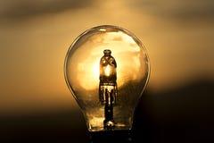 белизна электрического света шарика предпосылки Стоковые Изображения