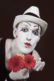 белизна mime шлема gerberas букета красная Стоковая Фотография RF