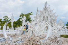 белизна wat Таиланда виска задачи rong rai khun красивейшего chiang привлекательностей искусства культурная чувствительная Стоковое фото RF