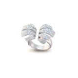 Белое золотистое кольцо Стоковое Фото
