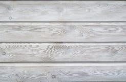 Белое мытье покрасило предпосылку текстуры деревянную планок полок с годичными кольцами и деревянными vains зерна Стоковая Фотография RF