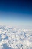 Белое облако с голубым небом Стоковая Фотография