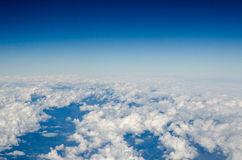 Белое облако с голубым небом Стоковые Изображения RF