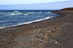 белое побережье в воде и лете камня пляжа Испании Стоковое Изображение RF