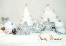 Белое рождество - рождество играет главные роли - украшение рождества Стоковое фото RF