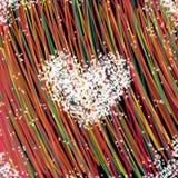 Белое сердце и красочные предпосылка и обои Стоковая Фотография RF