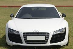 Белое Audi Quattro стоковое изображение rf