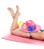 Белокурая девушка в купальном костюме Стоковые Фото