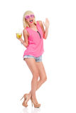 Белокурая девушка на партии Стоковая Фотография