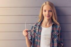 белокурая девушка подростковая Стоковые Изображения RF