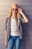 белокурая девушка подростковая Стоковая Фотография RF
