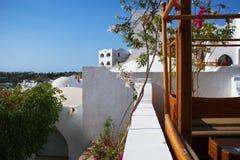 Белые архитектурноакустические элементы с куполами Стоковые Изображения RF