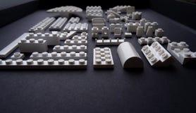 Белые блоки изолированной студии крупного плана набора конструкции игрушки Стоковое Изображение RF