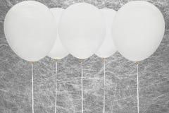 Белые воздушные шары партии Стоковые Фото