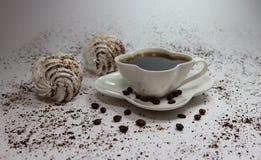 Белые зерна десерта и кофе Стоковая Фотография