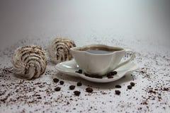 Белые зерна десерта и кофе Стоковые Изображения
