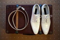 Белые кожаные ботинки Стоковая Фотография