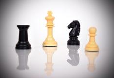 Белые короля шахмат Стоковая Фотография