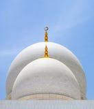 Белые куполы мечети Стоковая Фотография