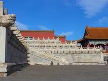 Белые мраморные перила в имперском дворце Стоковое Изображение