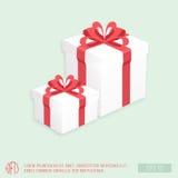 Белые подарочные коробки с причудливой красной лентой, вектором иллюстрация штока