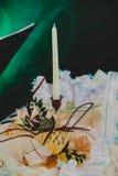 Белые свечи в свадьбе Стоковая Фотография