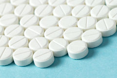 Белые таблетки или медицина Стоковое Фото