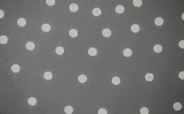 Белые точки на сером bac Стоковое Фото