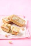 Белые шоколадные торты с гайками макадамии Стоковое Изображение RF