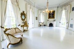 Белый бальный зал в доме плантации Nottoway Стоковое фото RF