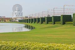 Белый Будда Стоковая Фотография
