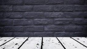 Белый деревянный пол и черная кирпичная стена Стоковые Фотографии RF