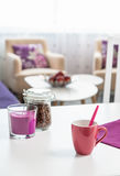 Белый обеденный стол дома Стоковые Изображения RF